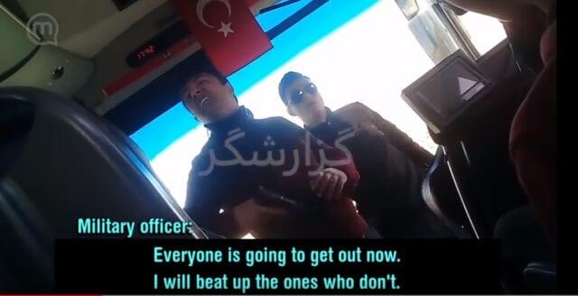 Turkiska fascister tvingar migranter till Europa under pistolhot