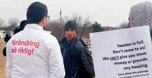 Åkesson gripen av turkisk polis för flygbladsutdelning