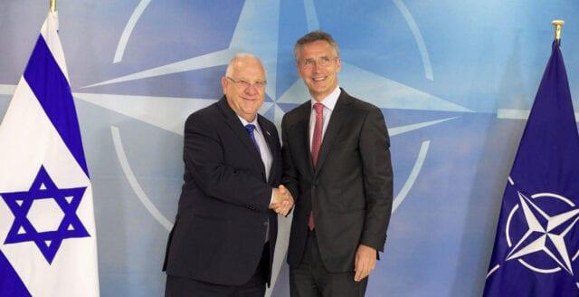 Israel-influerat Nato bär skulden för flyktingkrisen