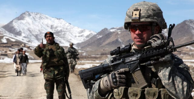 USA drar sig ur Afghanistan – historiskt fredsavtal undertecknat