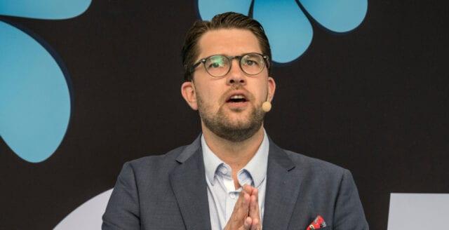 Jimmie Åkesson: Bötfäll dem som bryter mot myndigheternas rekommendationer