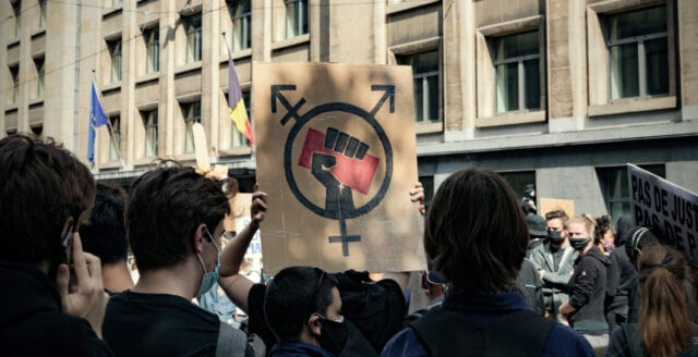 Upplopp och plundring i Bryssel – över 200 gripna efter BLM-demonstration