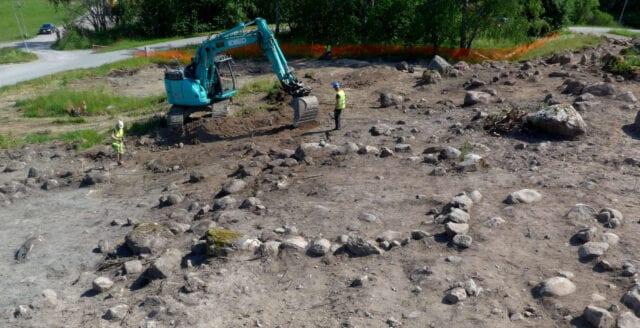 Vikingatida gård grävs ut i Täby