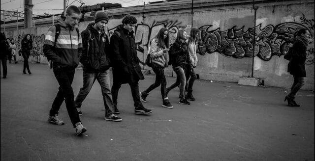 Vanligare med unga som misshandlar och delar filmer av övergrepp