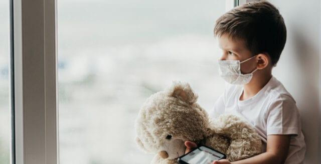 Regeringens hälsorådgivare: Ansiktsmasker kan öka smittorisken