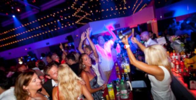Nattklubbsägare: Regeringen stryper oss till döds