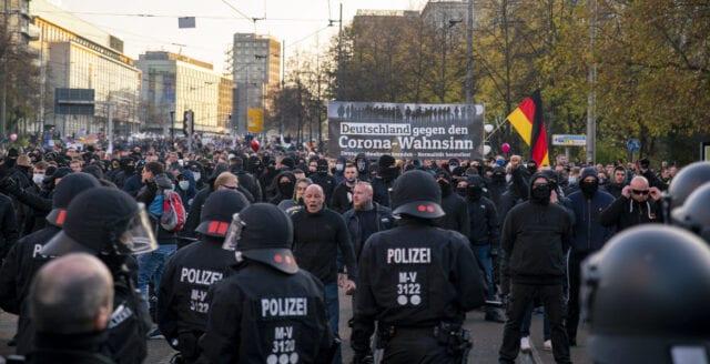 Tyskland: Nya massprotester mot coronapolitiken