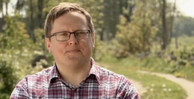Ytterligare representant för Centerpartiet bor ihop med dömd pedofil
