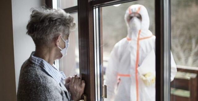 Säkerhetsfirmor bötfäller britter som lämnar sina hem