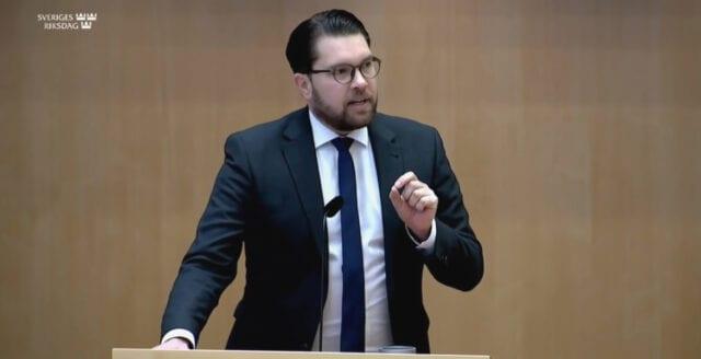 """SD: """"Techjättarna får inte styra den politiska debatten"""""""