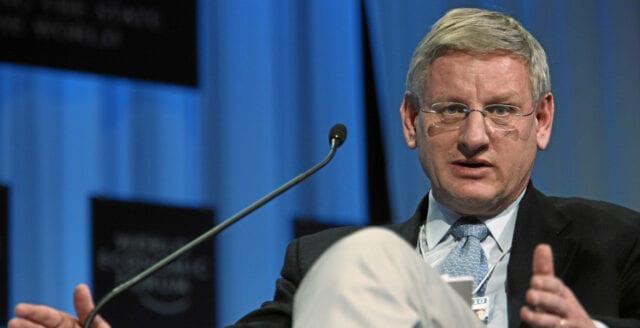 Carl Bildt får nytt toppjobb – blir vaccinlobbyist på WHO