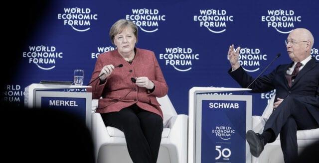 Efter tyska protesterna – nu tvingas Merkelregimen avbryta nedlåsningen