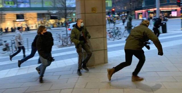 Nya Dagbladet vittne till vänsterextrem attack mot deltagare i Tusenmannamarschen