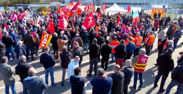 Renault-arbetare tröttnade på cheferna – låste in dem