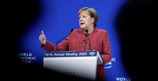 Även Merkel avlyssnad av NSA