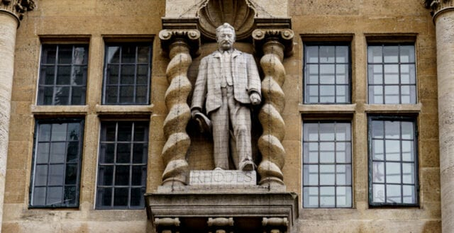 Cecil Rhodes-staty blir kvar i Oxford