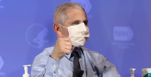 """Fauci: """"Maskerna kan bli kvar för alltid"""""""