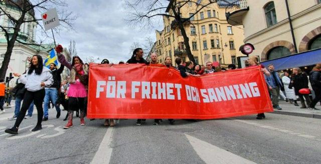 Första maj-tåget marscherade genom Stockholms gator