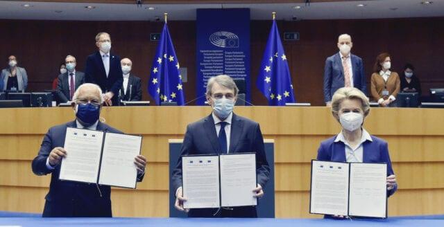 """EU i ny uppgörelse om """"vaccinpass"""" – vill ha medicinsk apartheid från och med 1 juli"""
