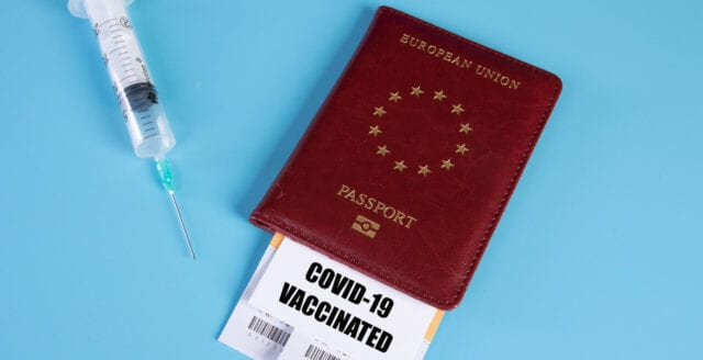 EU-parlamentet röstade för kontroversiellt vaccinpass