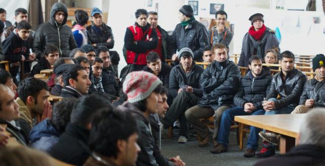 Fler afghaner kan söka sig till Sverige