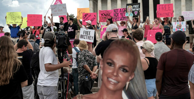 Britney Spears far ersatt som dotterns förmyndare
