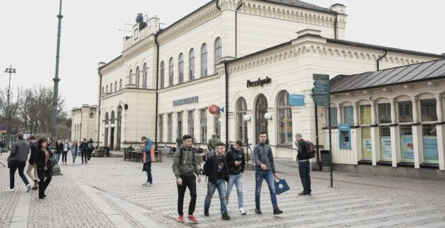 Jätteslagsmål mellan familjer i Lund – åtta skadade