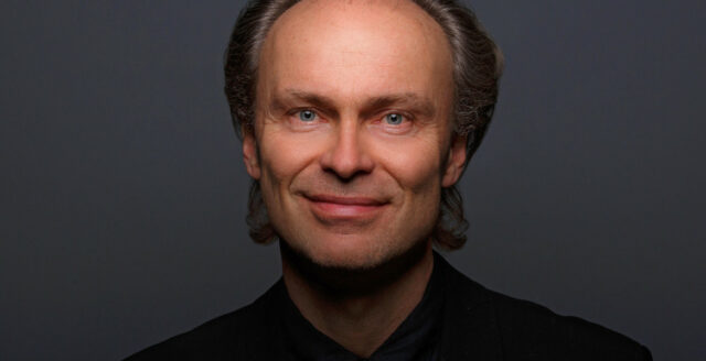 Svensk dirigent säger upp sig efter krav på vaccinpass