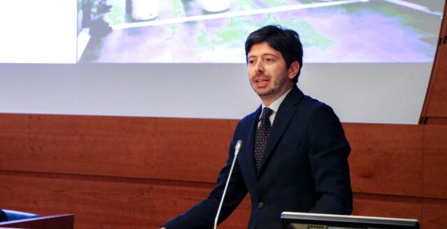 Krav på covidpass för italienarna – om de vill behålla arbetet