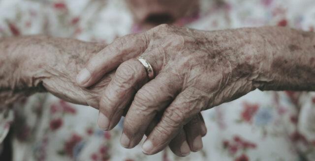 Man häktad för 19 grova våldtäkter på äldreboende